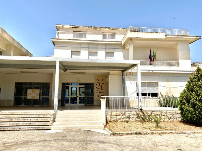 Un'aula studio per studenti universitari a Marina di Ragusa