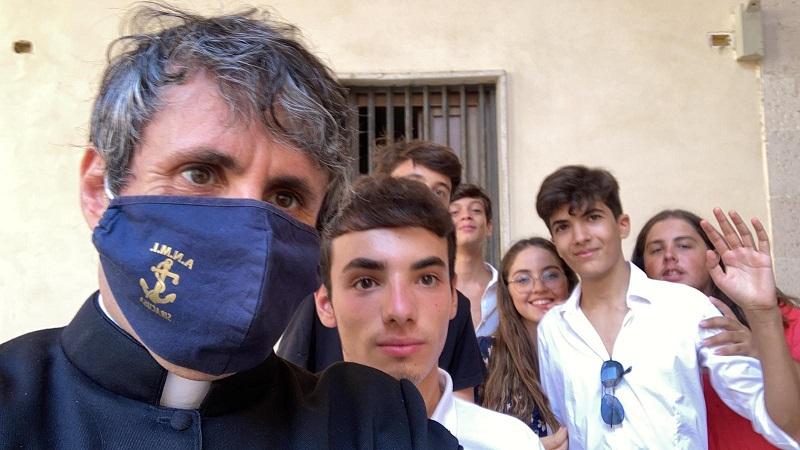 Volontariato, la Regione concede un ex convento ai ragazzi di padre Lo Bello a Siracusa